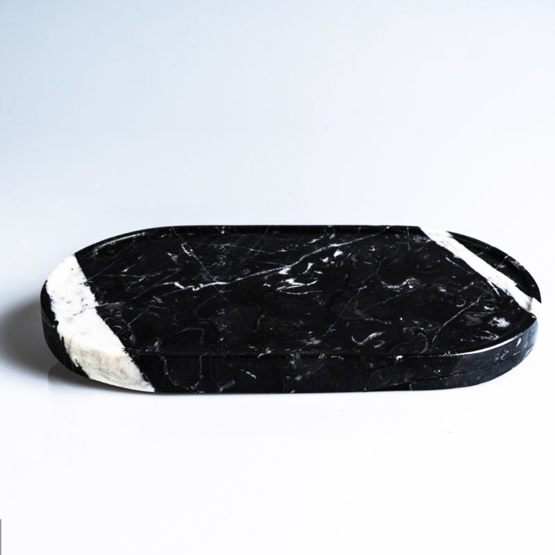 plate-black-oval-marble-mono.rocks