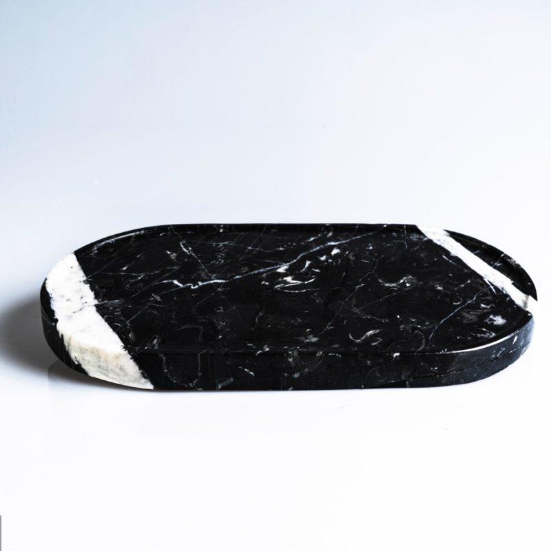 plate-black-oval-marble-mono.rocks